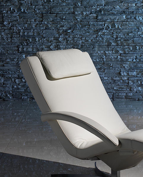 fauteuil relaxation design cuir blanc design 1